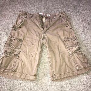 Brown Sz32 Men's Shorts. MUST BUNDLE